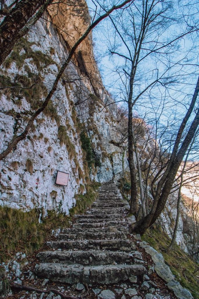 Trekking al Santuario Madonna della Corona